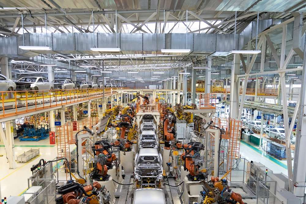 The German Economy Ministry said Friday that industrial orders dropped 25.8% in April over the previous month, in figures adjusted for seasonal and calendar effects.