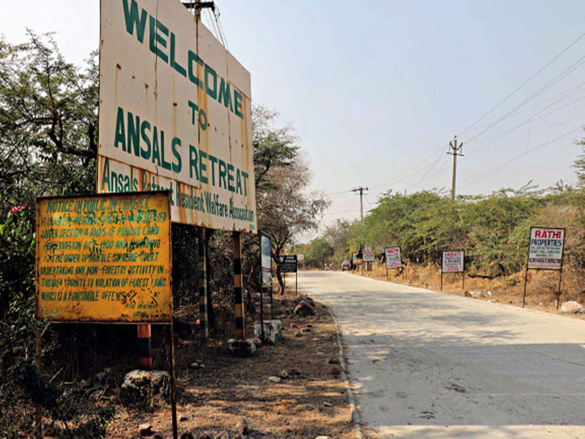 Gurugram: Farmhouse owners of Ansals Aravali Retreat protest against notices
