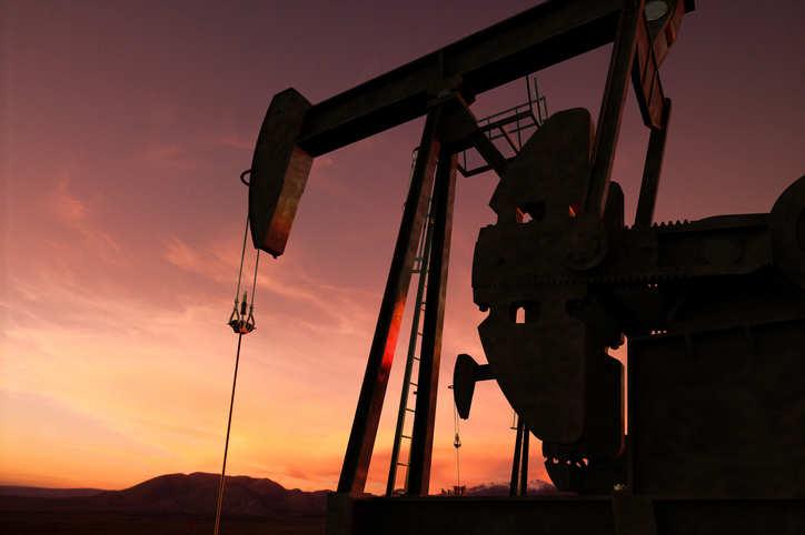 Nigeria in $1.5 bln oil prepay deal with traders Vitol, Matrix