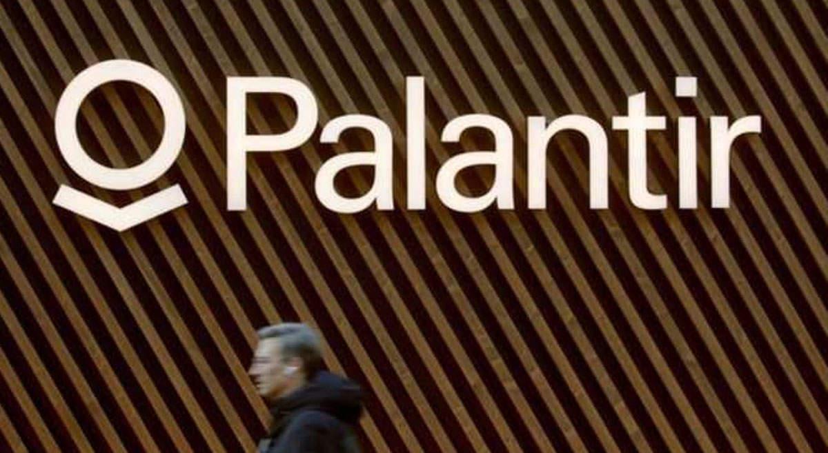Palantir, tech's next big IPO, lost $580 million in 2019