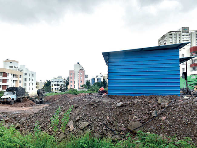 Pune: Ready-mix cement plant in middle of Baner societies worries residents