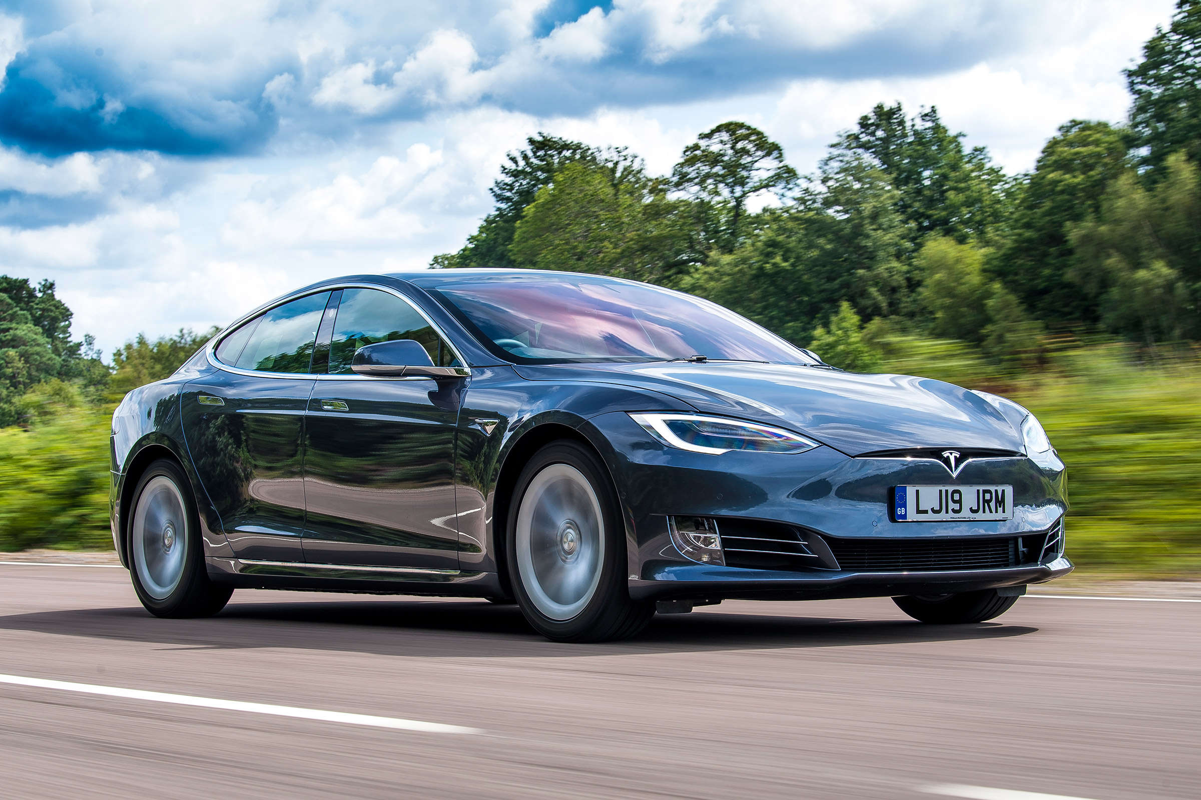 Tesla Model S: Tesla cuts prices of Model S variant in United States,  China, Auto News, ET Auto