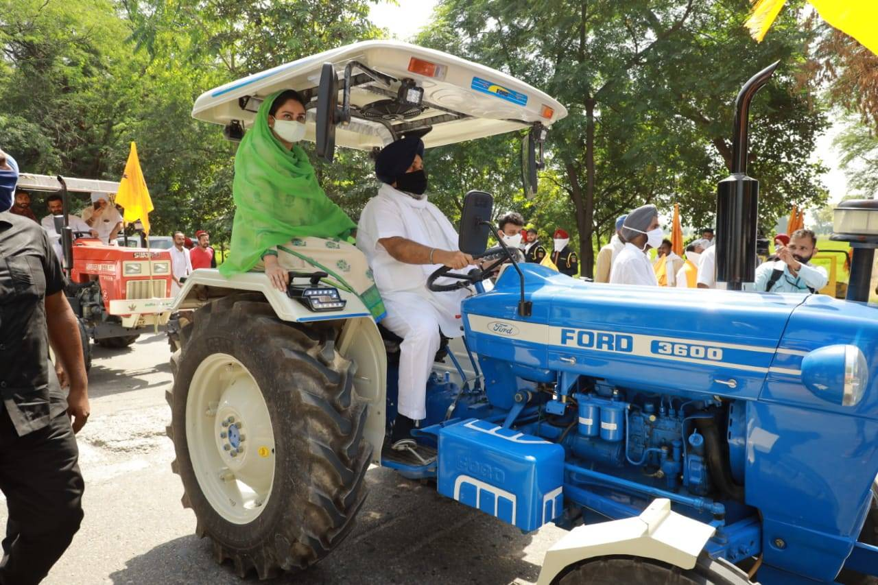 Tractor cos boost output as Sept sales surge 80%