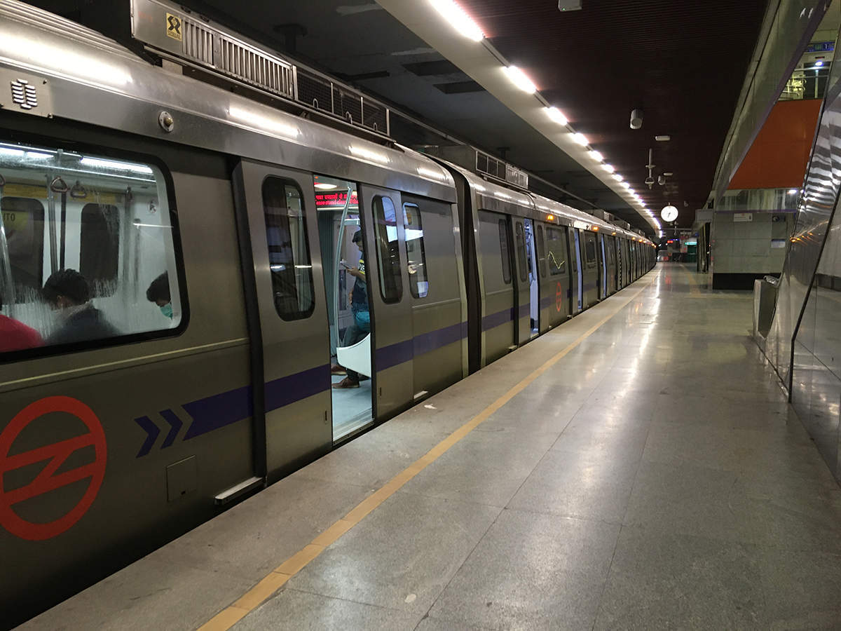 Delhi metro to offer 2 lakh sq ft commercial space at two stations – ET RealEstate