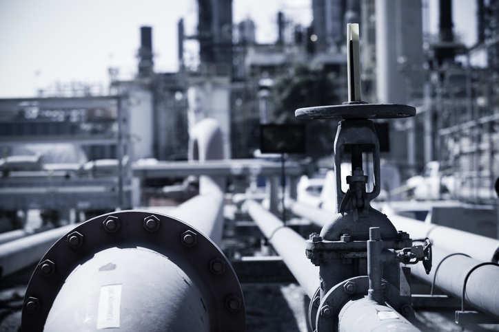Russia's sea-borne oil transport costs fall, hitting Druzhba pipeline