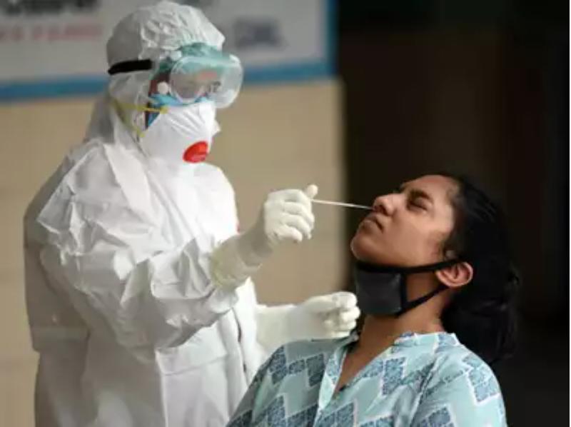 Covid-19: دهلی 6،725 مورد را ثبت می کند ، تعداد عفونت های روزانه برای اولین بار از 6000 مارک عبور می کند