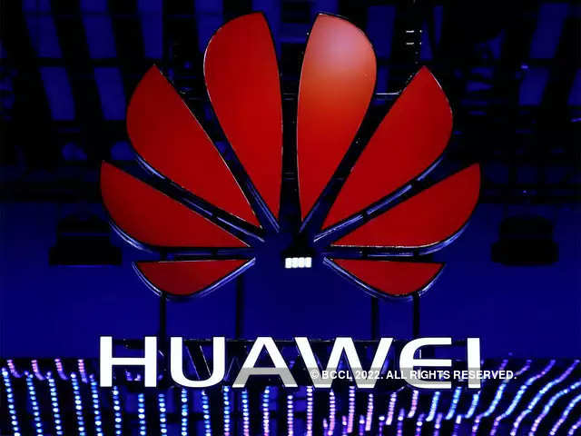 Huawei says to defend double-digit smartphone market share in Germany