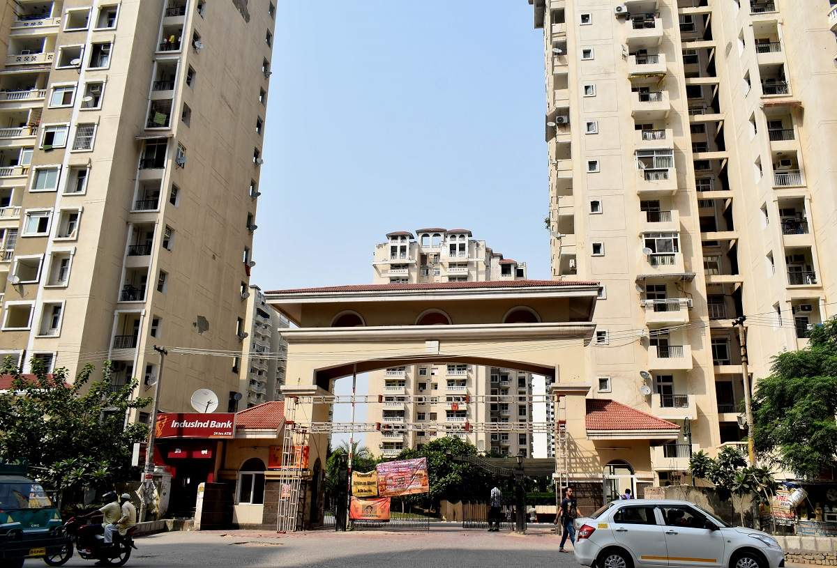 Amrapali homebuyers allowed to sell flats after clearing dues – ET RealEstate