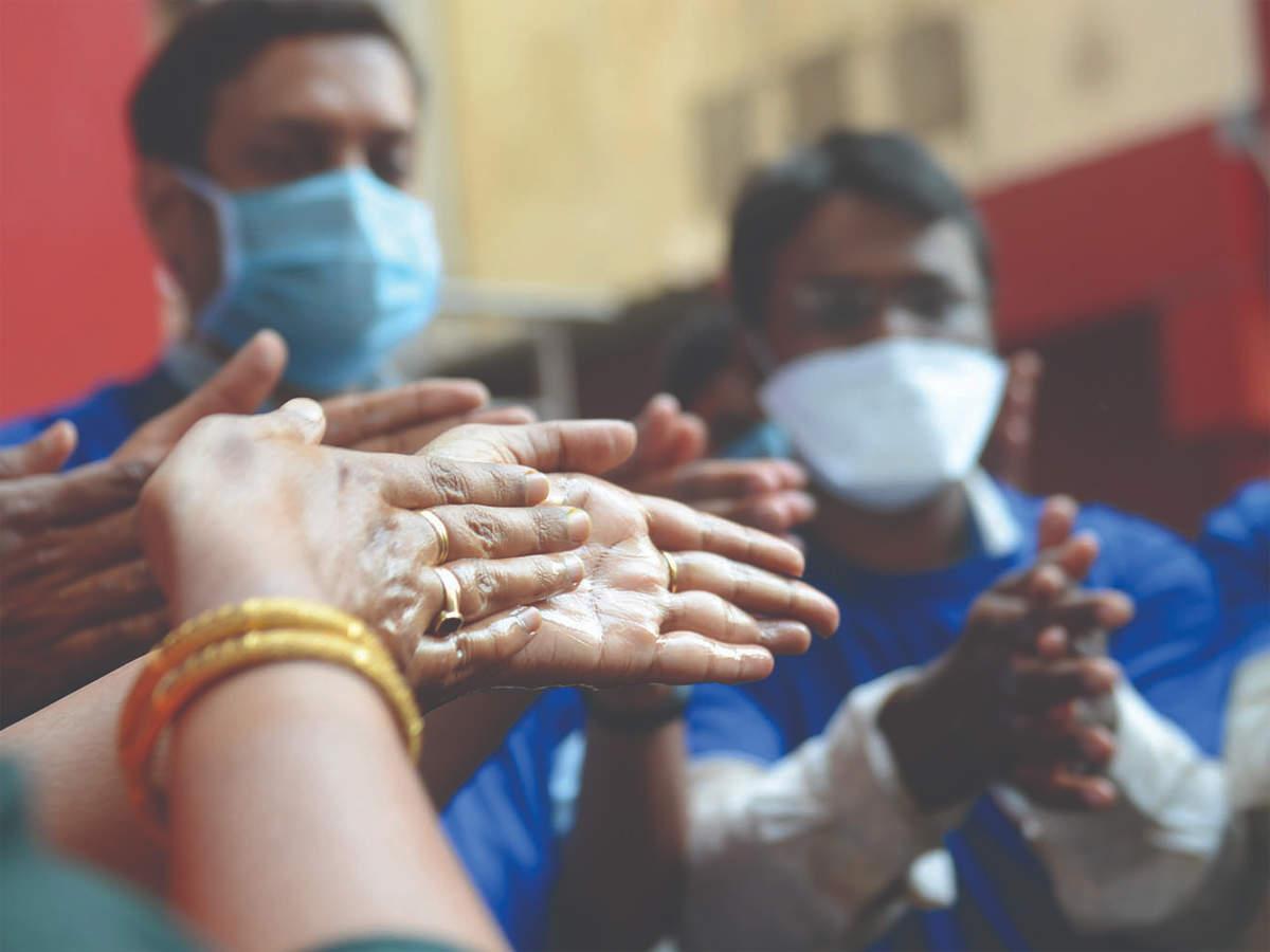 Covid-19 پرونده بارگیری در هند با 38،617 مورد عفونت جدید ، عیار 89 لک را نقض می کند