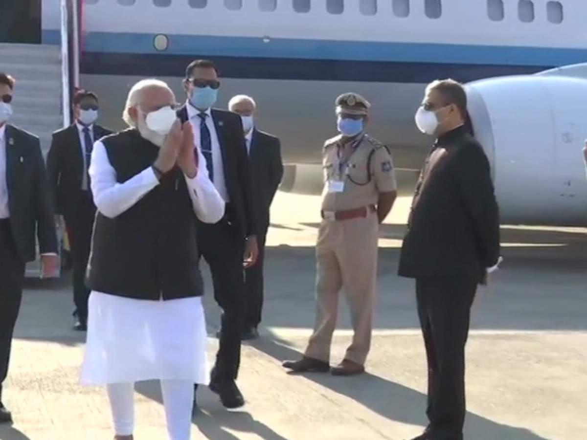 Gujarat: PM Modi reviews vaccine development at Zydus Cadila facility