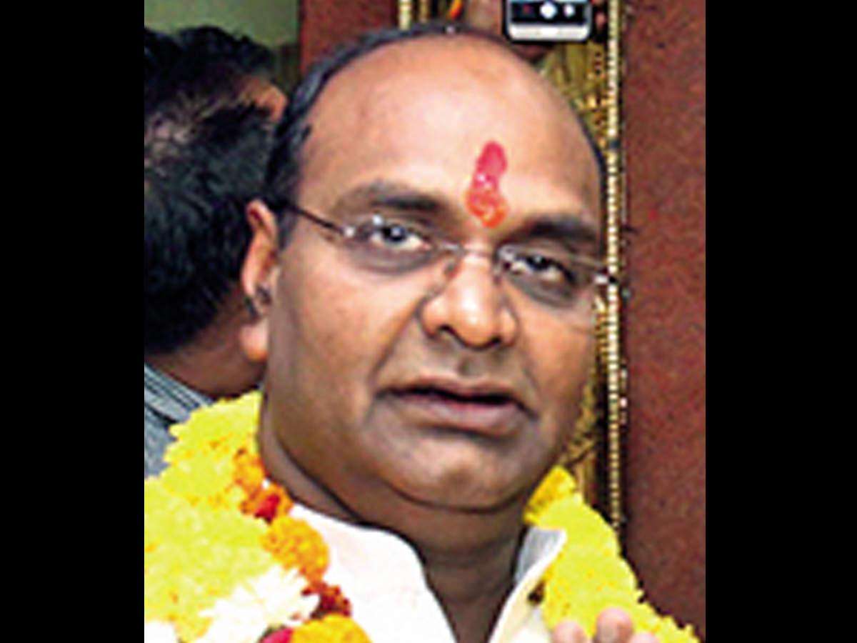 وزیر مادیا پرادش دستور ممیزی کلیه تجهیزات بیمارستان را صادر می کند