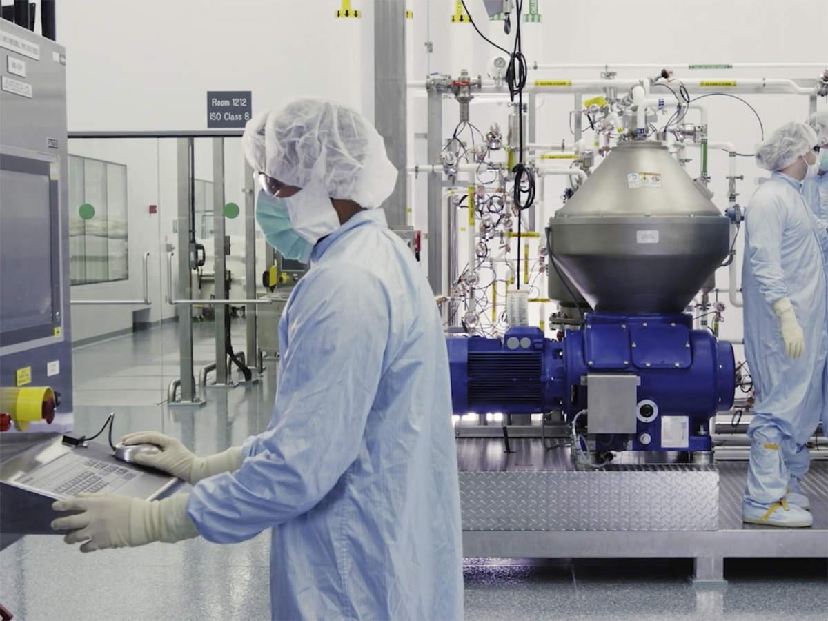 Pfizer, Moderna testing their vaccines against UK coronavirus strain