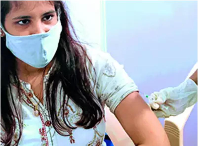 دولت برای تولید شناسه های بهداشتی منحصر به فرد برای افرادی که Aadhaar را برای واکسیناسیون می کنند تولید کند