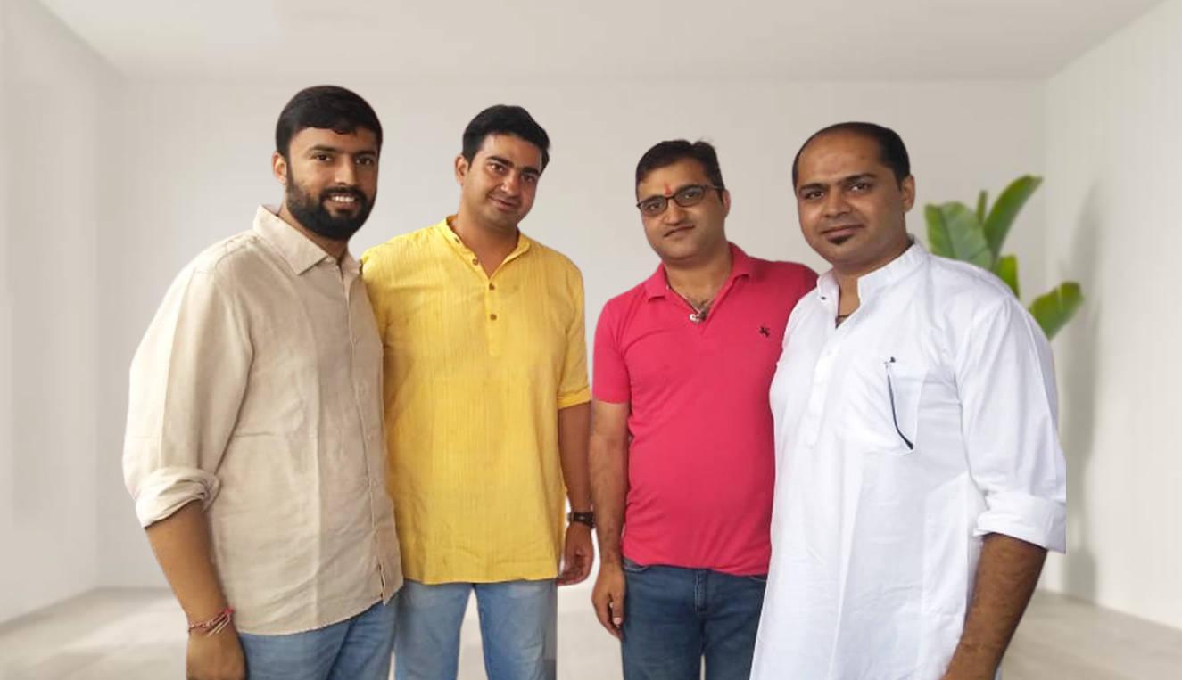 L- ShopG co-founders Pranay Suwalka, Ankur Arora, Yogesh Nehra, Abhishek Mishra