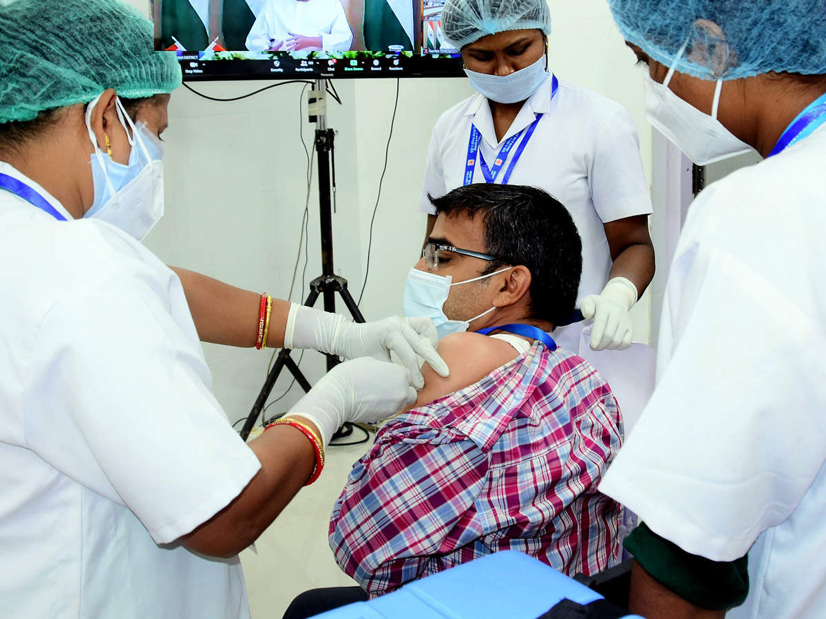 16 lakh vaccinated against Covid, Karnataka tops list with 1.9 lakh