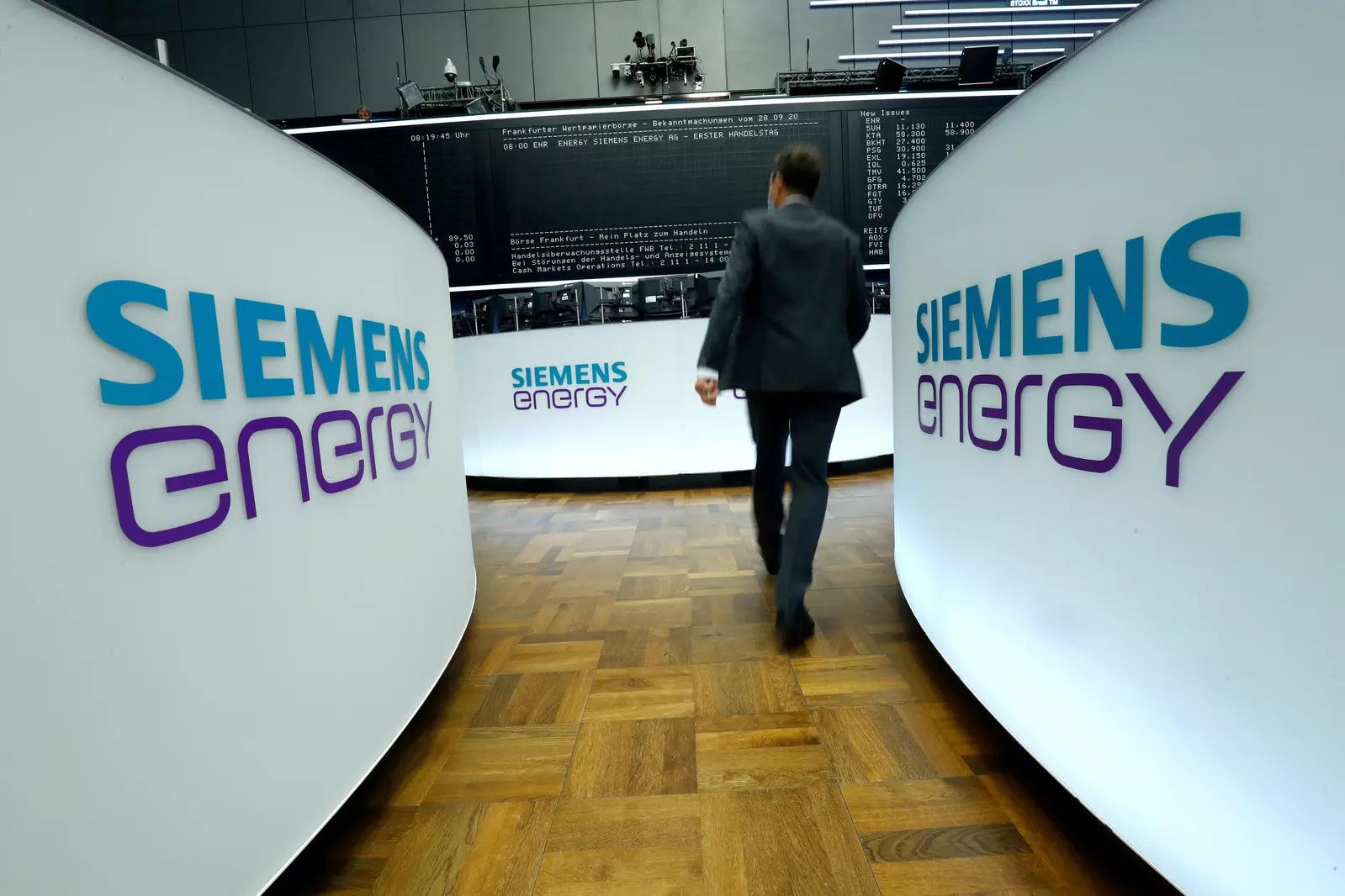 Cost cuts help Siemens Energy swing to first quarter core profit