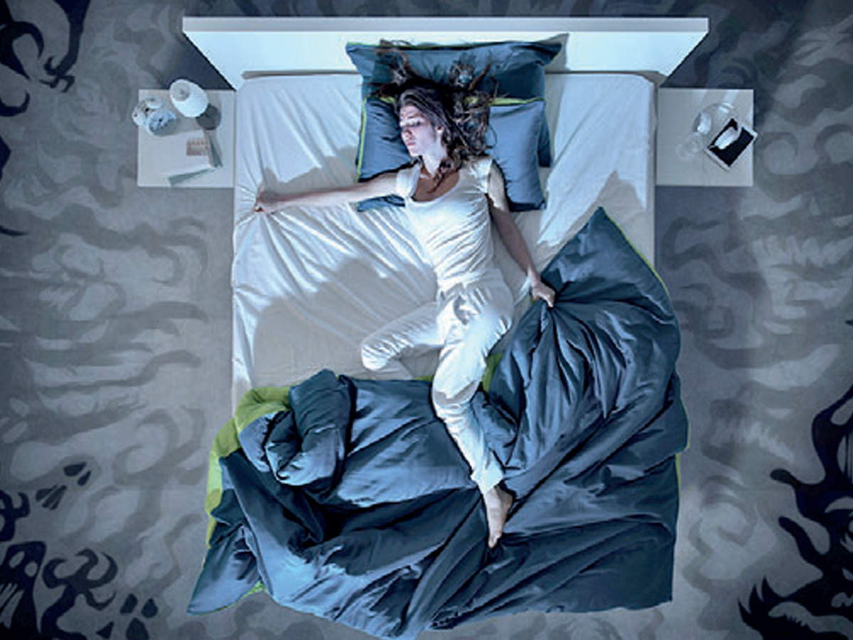 Lack of sleep, stress can have same symptoms as concussion