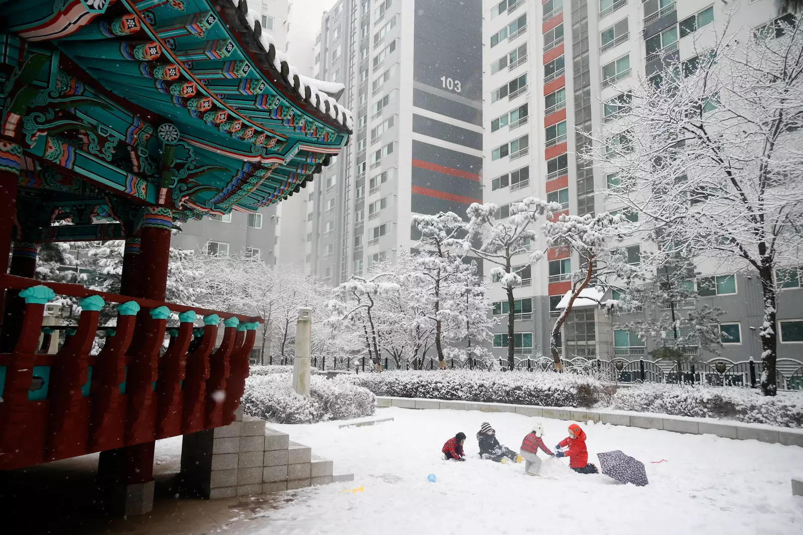 South Korea to boost Seoul housing supply by 10% to calm buying frenzy – ET RealEstate