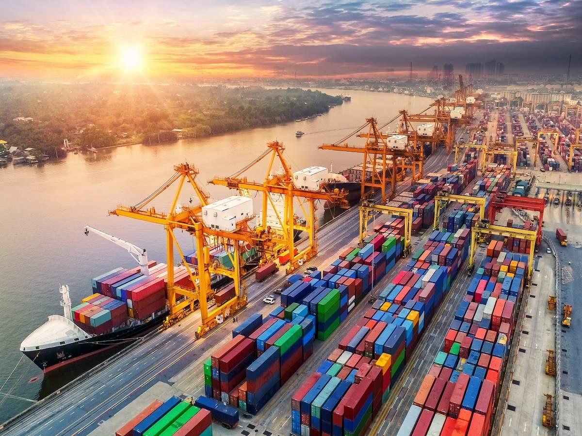भारत निर्यात को बढ़ावा देने के लिए कंटेनरों का निर्माण करने के लिए तैयार है