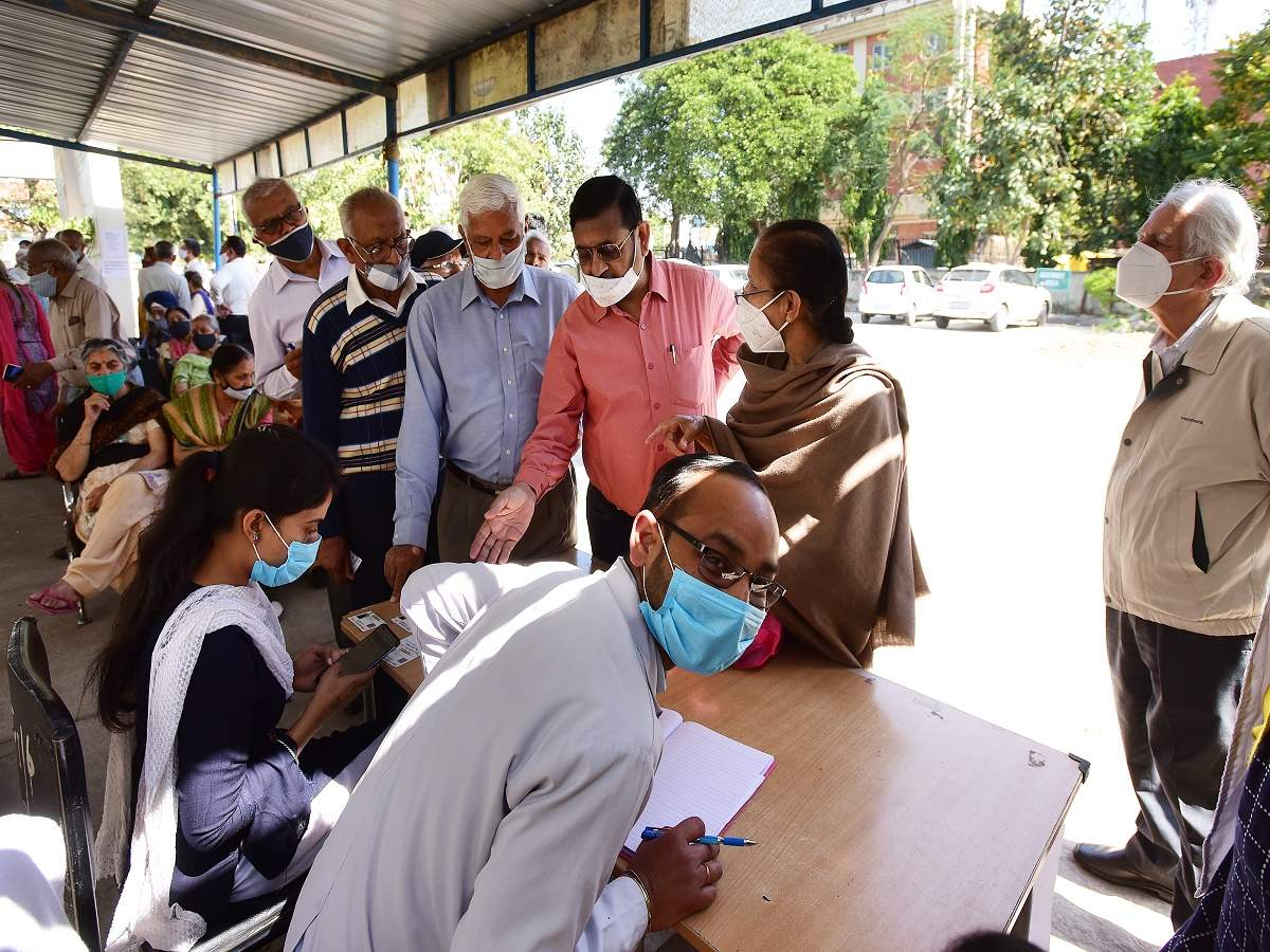 Vaccine FOMO makes India's seniors give it their best shot