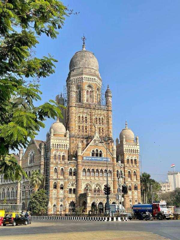 Mumbai: BMC invites bids for three molecular labs at hospitals