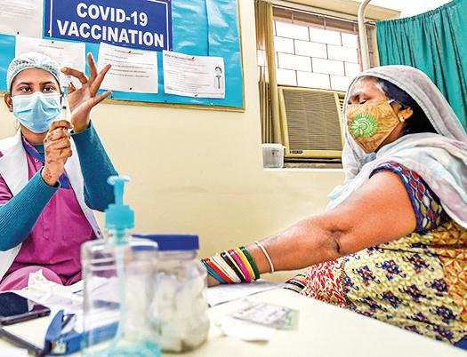 Nagpur: New vax centres get poor response on Day 1