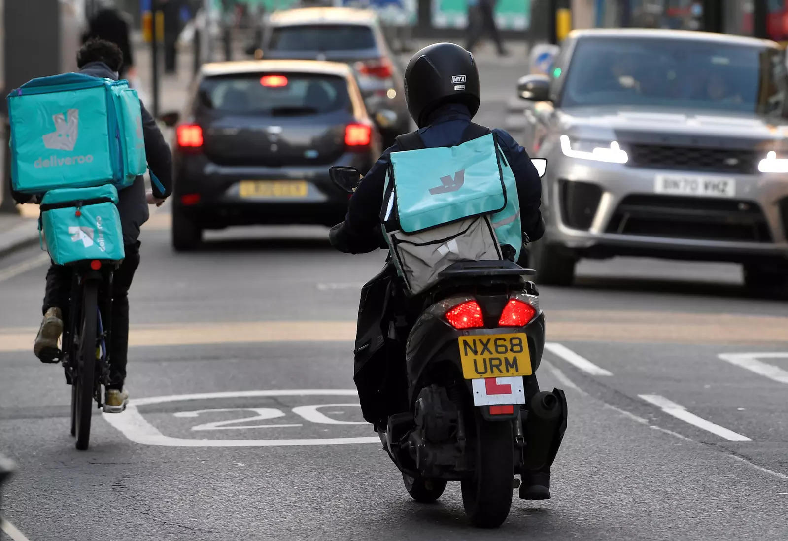 At the mid-point of the price range, Deliveroo's post-IPO enterprise value will be more than 6 times last year's revenue of 1.2 billion pounds. For fund managers still weighing its appeal, the biggest sustainability question is over Deliveroo's financial viability.