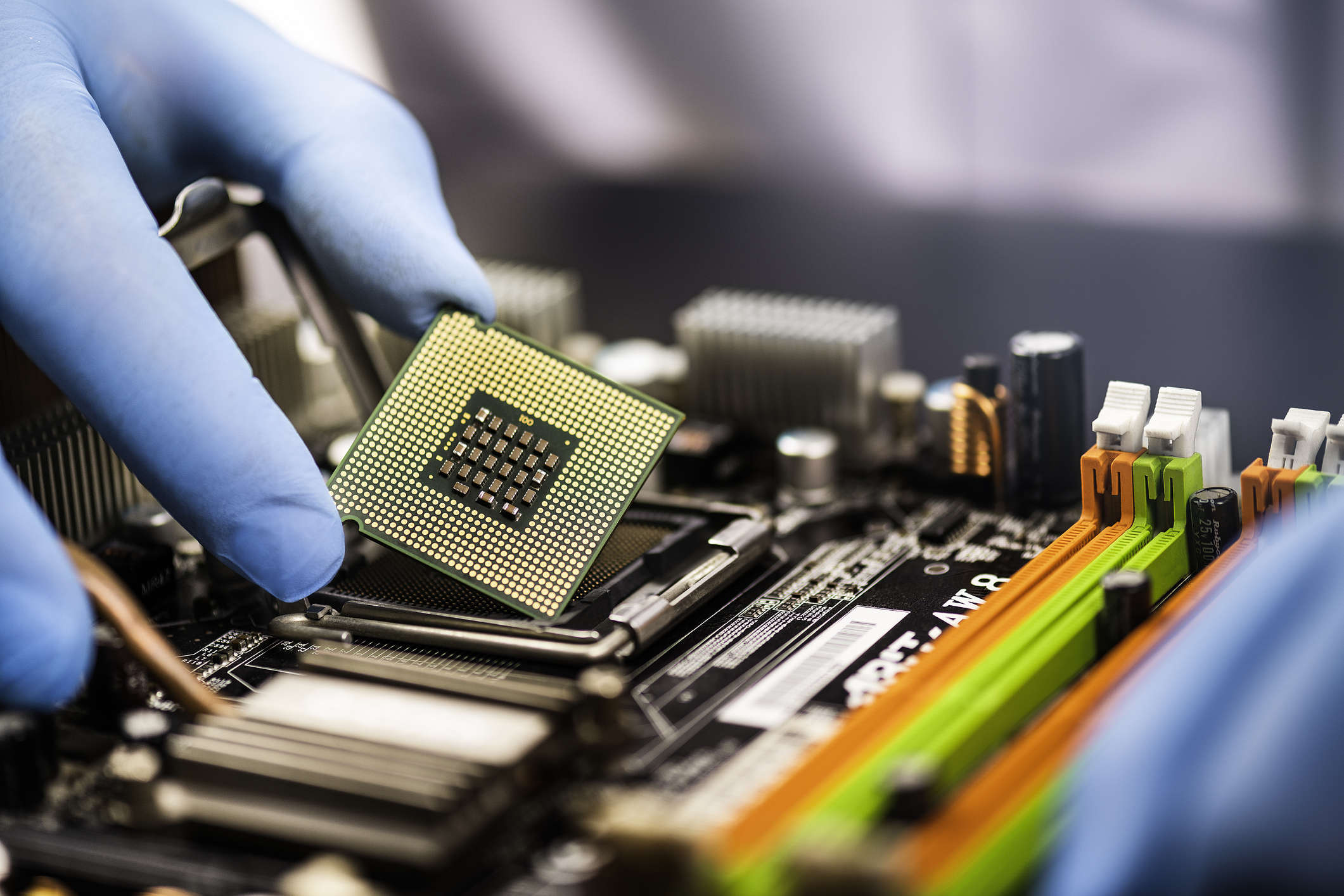 semiconductor industry: Why shortages of a $1 chip sparked crisis in the  global economy, Auto News, ET Auto
