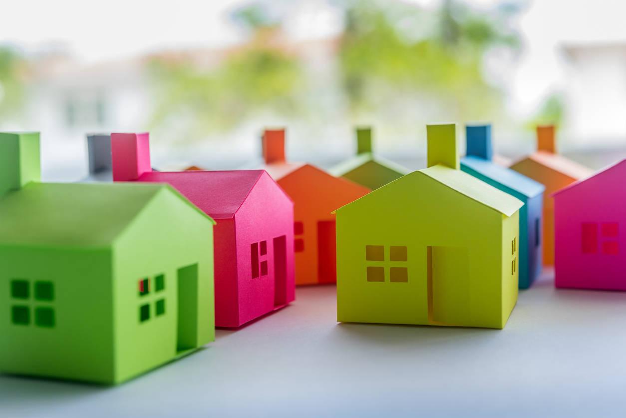 Expedite flat allotment for slum dwellers: Delhi CM – ET RealEstate