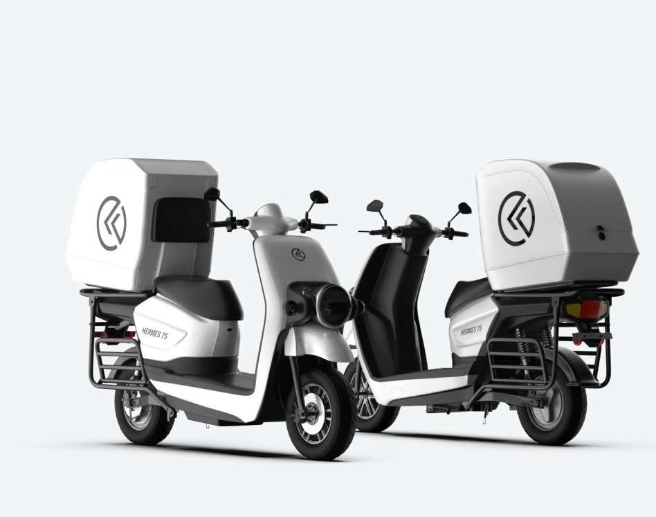 It has a 2500W motor that generates a peak power of 4000W with a maximum speed of 80 km/hour, the company said.