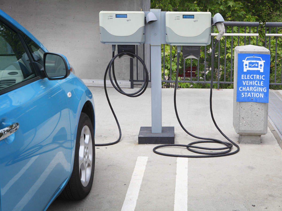 Clear, long term policies needed for EV sector growth: CEEW-CEF