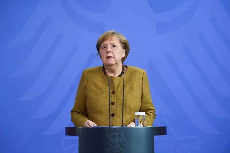 Merkel defends German/Russian pipeline construction