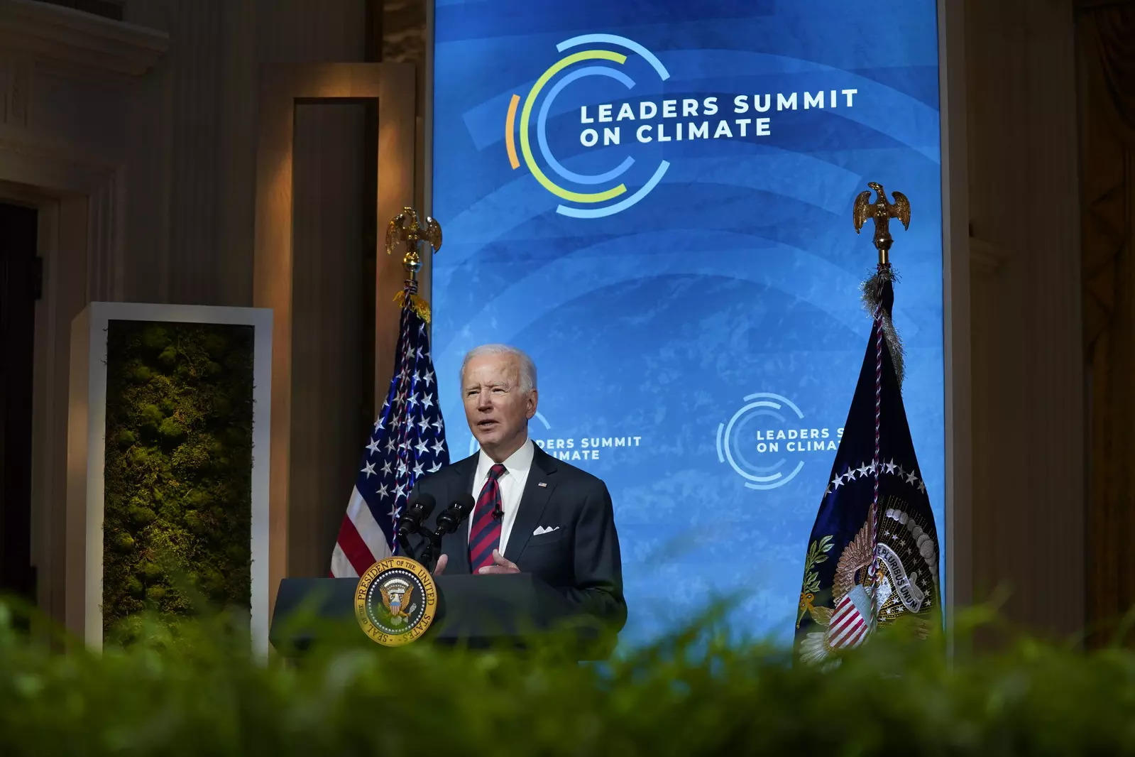 Go forth and spend: Call for action closes US climate summit