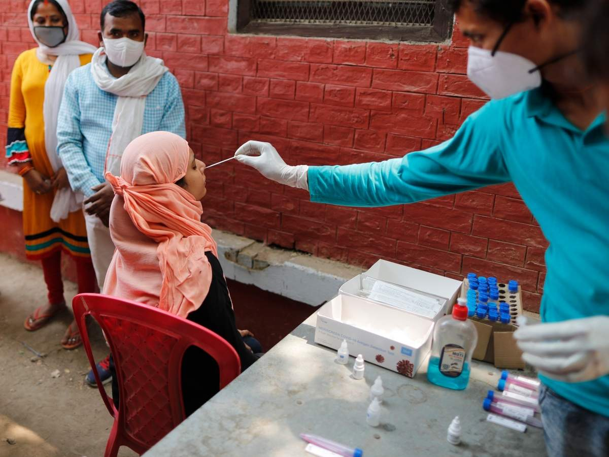 Mumbai records 2,624 Covid-19 cases, down from 11,000-plus in early April