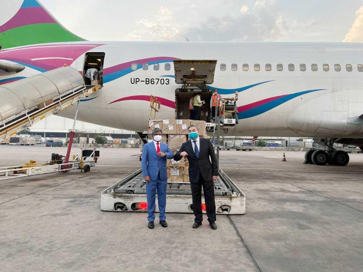 40 tonnes of Kazakh medical assistance arrives in India