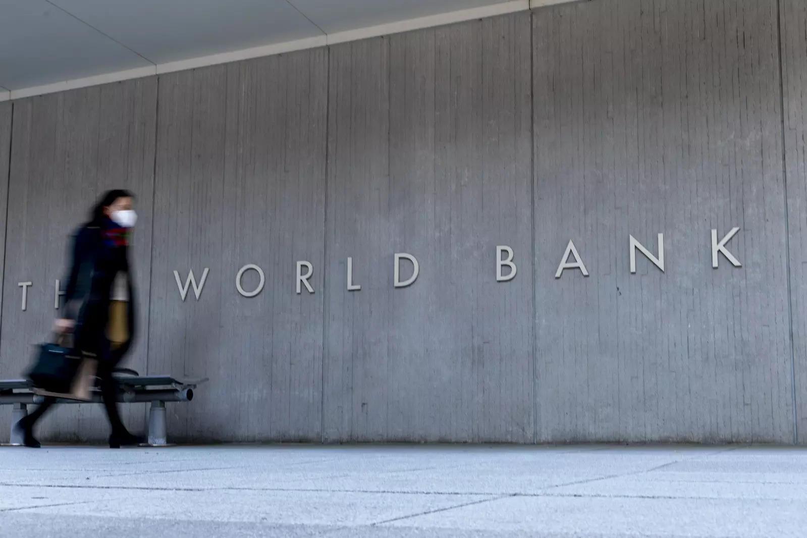SL et la Banque mondiale signent un contrat pour soutenir la vaccination Covid