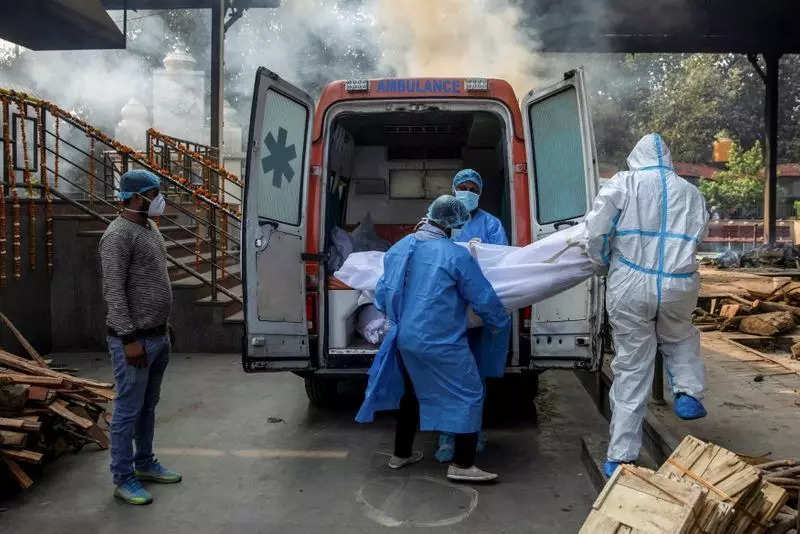 Over 300 die of Covid-19 across Tamil Nadu, 33,000 test positive