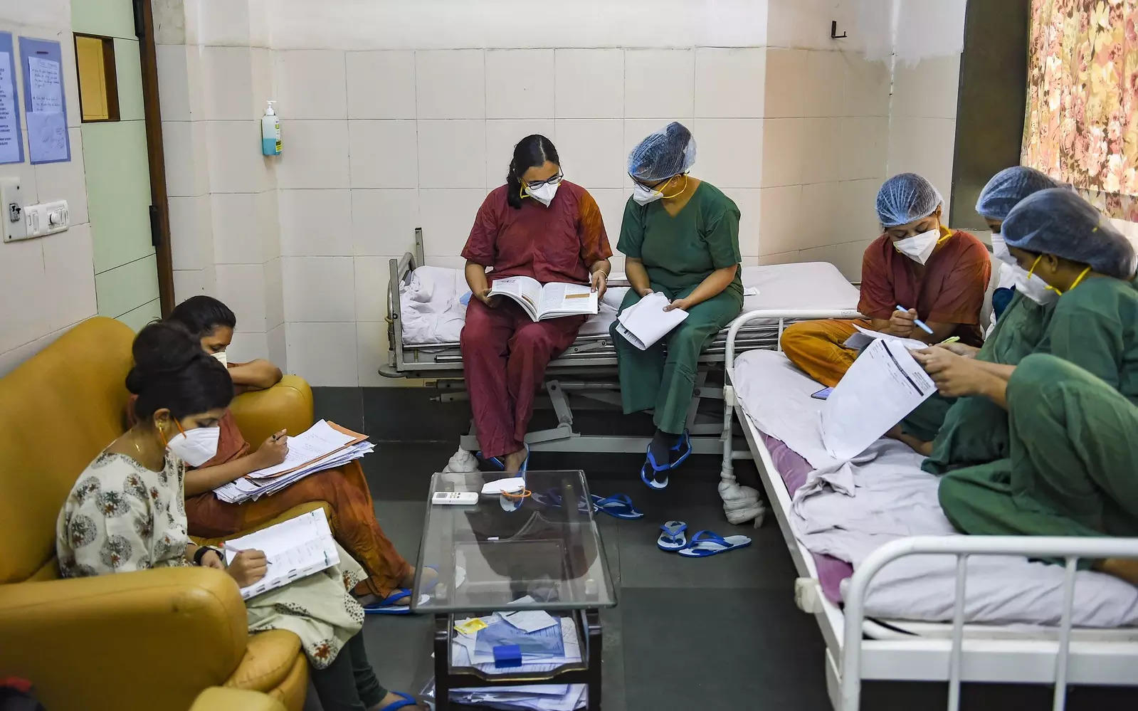 Maharashtra: PG medical seats set to rise as state promotes 406 teachers