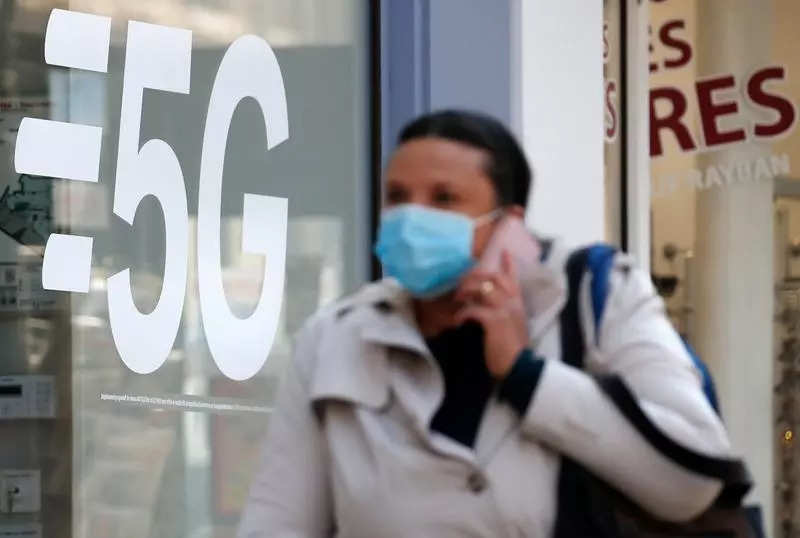 Saving lives and resources with 5G in Healthcare