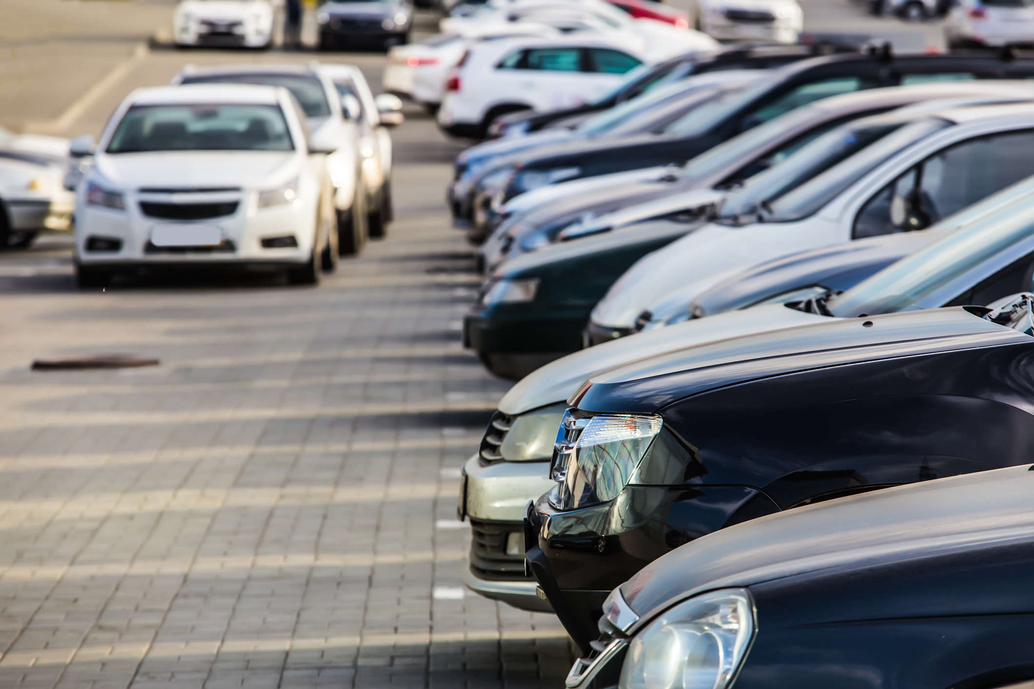Analysts expect that car buyers may bounce back after an extended shutdown, which would help the auto industry to recover.