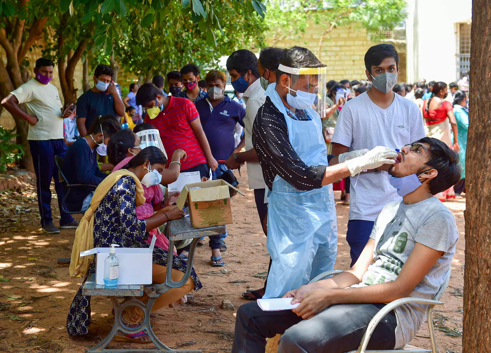 India records 1 lakh fresh Covid cases in the last 24 hours