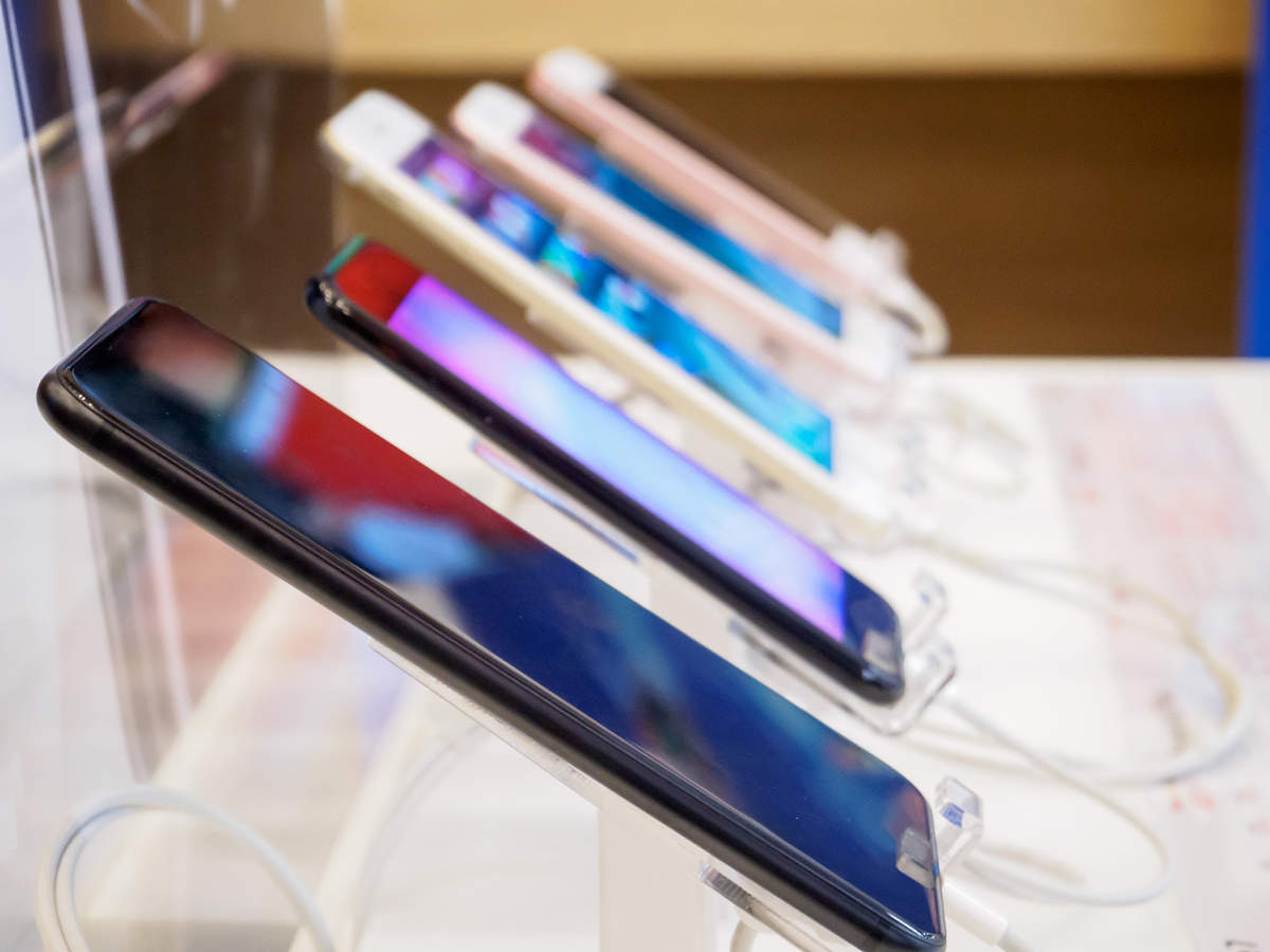 Smartphone brands to increase the volume