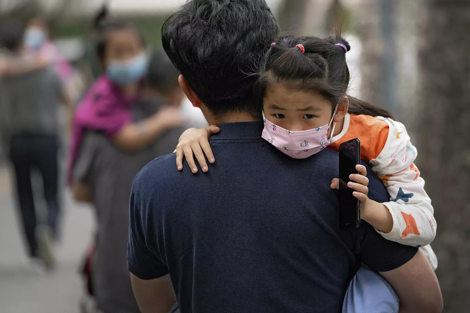 चीन के बच्चे कोविड -19 टीकों की कतार में अगले हो सकते हैं