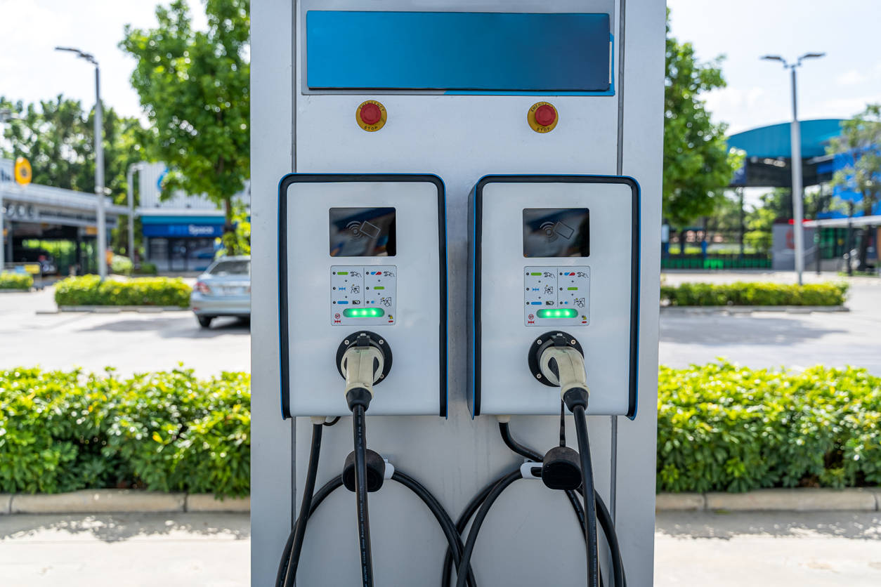 Delhi govt approves single-window facility to facilitate expansion of EV charging infrastructure