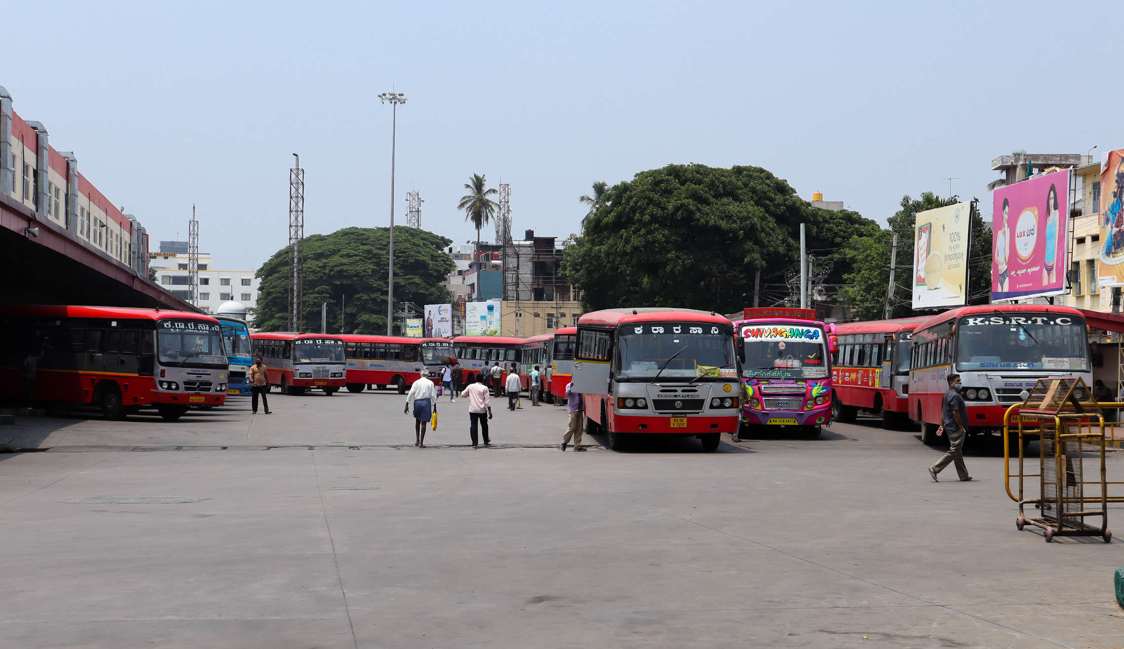 State Transport body converts buses into mobile COVID vaccination centers in Karnataka