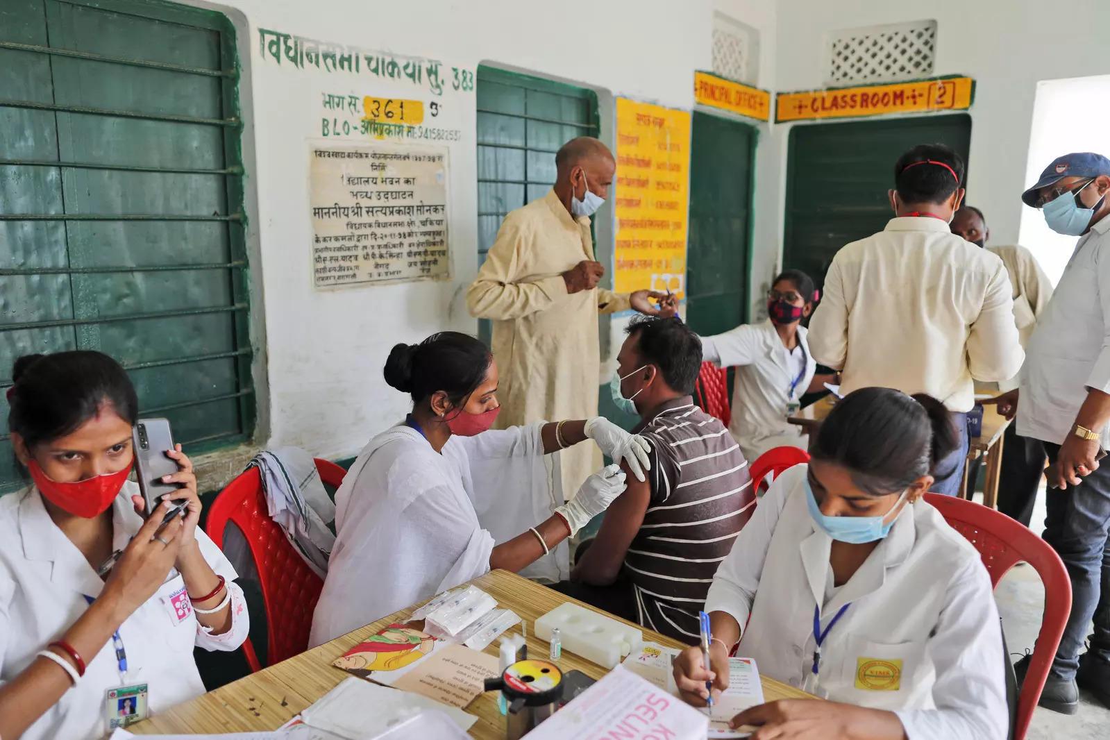 142 بیمارستان کوچک ، خانه سالمندان برای شروع واکسیناسیون Covid از 1 ژوئیه: PMC
