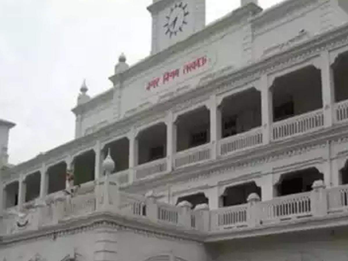 Lucknow civic body to raze 515 shops for commercial complex