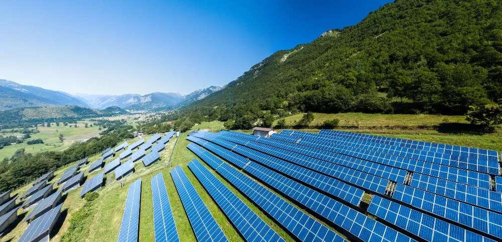 How Renewable Energy can transform healthcare