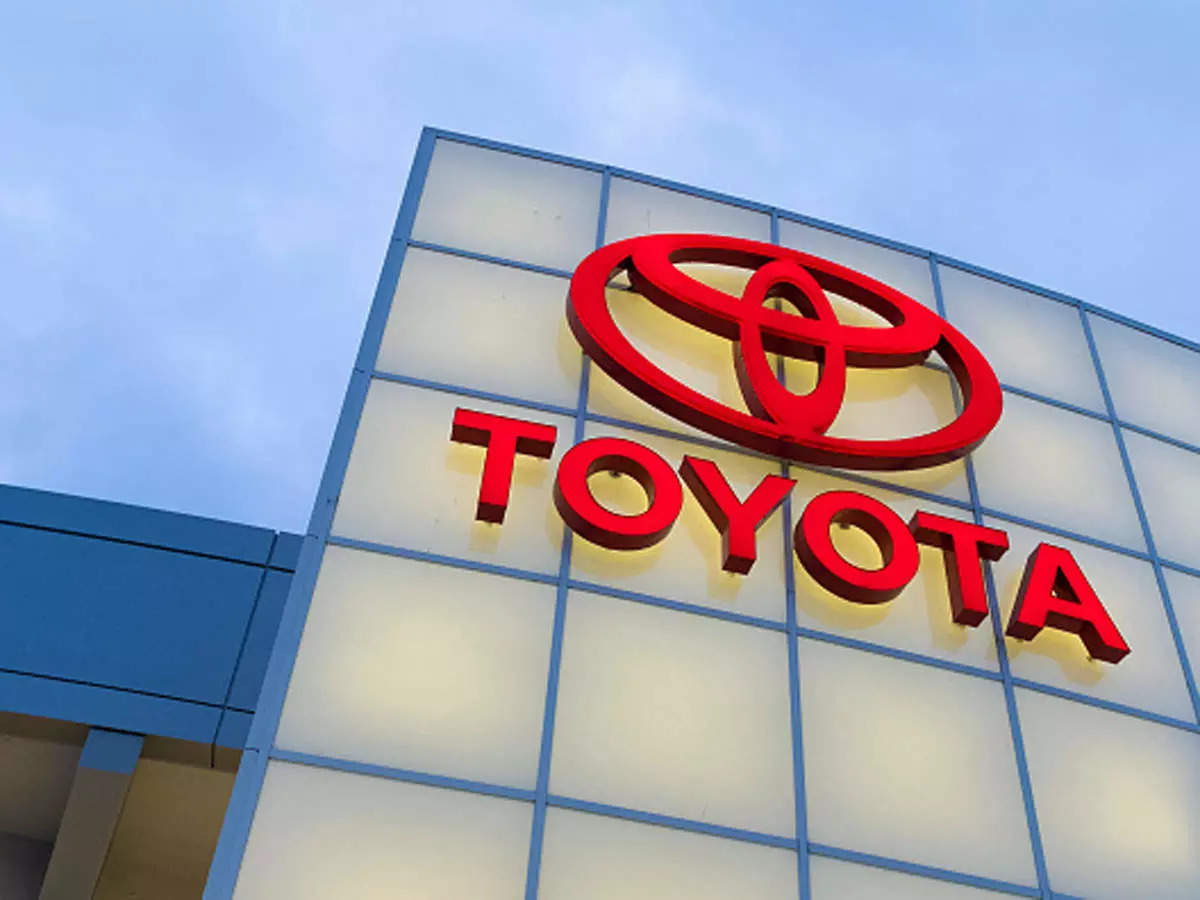 toyota motor corp: Toyota outsells GM in U.S. for first nine months of 2021, Auto News, ET Auto