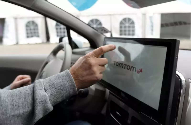 Reduced car production hits TomTom's quarterly core earnings